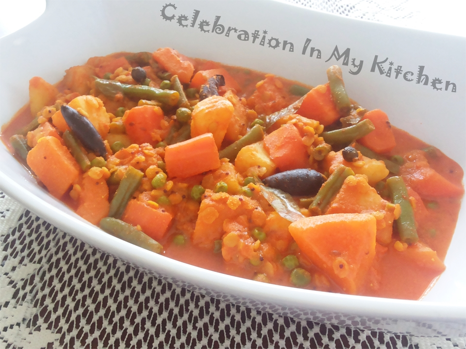 Khatkhatem (Goan Vegetable Stew)