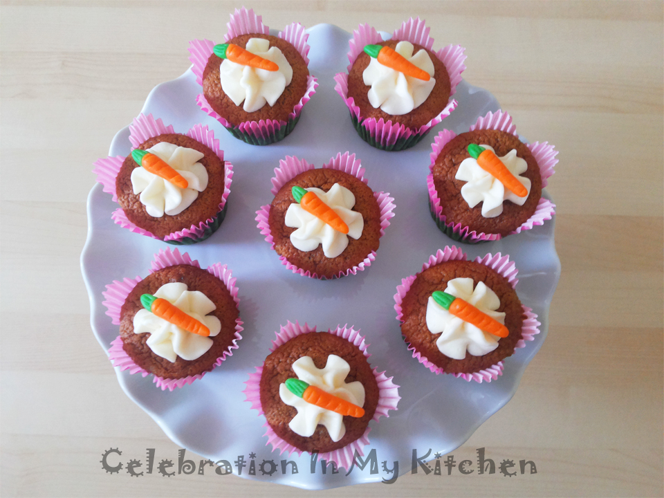 Carrot Cake or Cupcakes