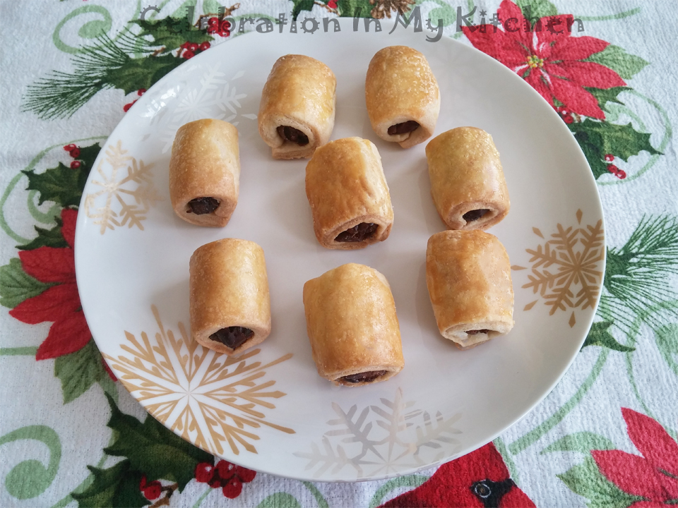 Christmas Date Rolls