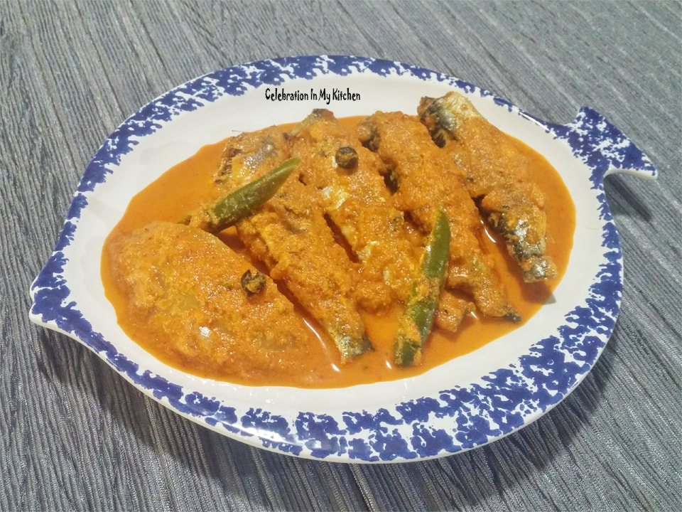 Goan Sardine Fish Curry With Raw Mango