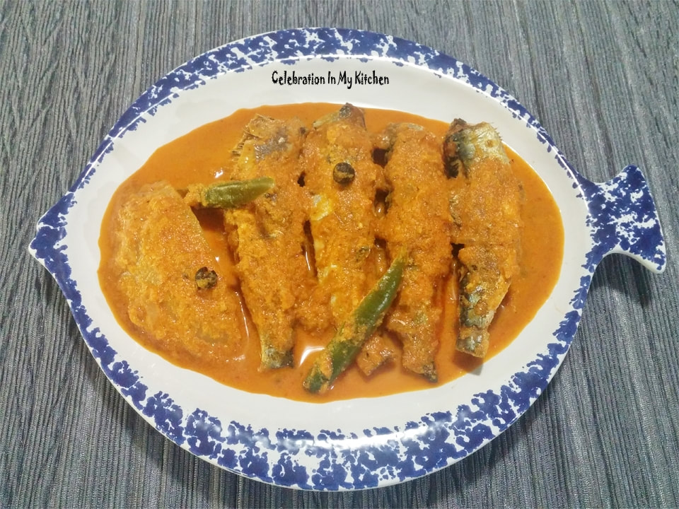 Sardine Fish Curry With Raw Mango